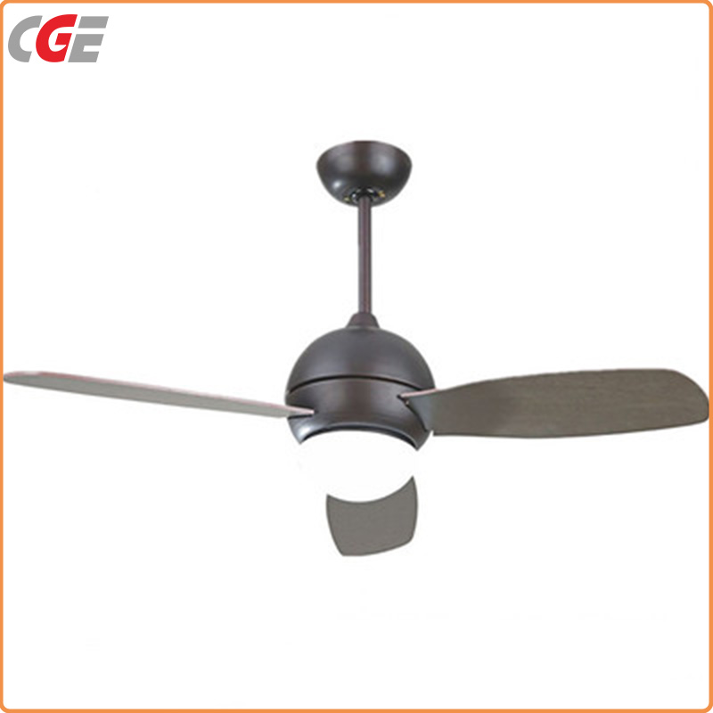 Modern Style Living Room 3 Blade Ceiling Fan with Light